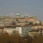 Prin Budapesta, cu dintele în şerveţel….