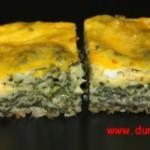 Burek (plăcintă) cu spanac si 2 feluri de brânză