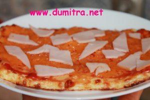 Pizza cu blat de conopida2